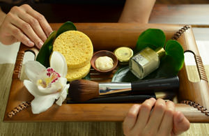 Wellness & Beauty Dalah: Bali Massage, Gesichtsmassage, Fussmassage
